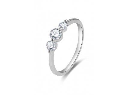 Beneto Jemný zásnubní prsten se zirkony AGG466